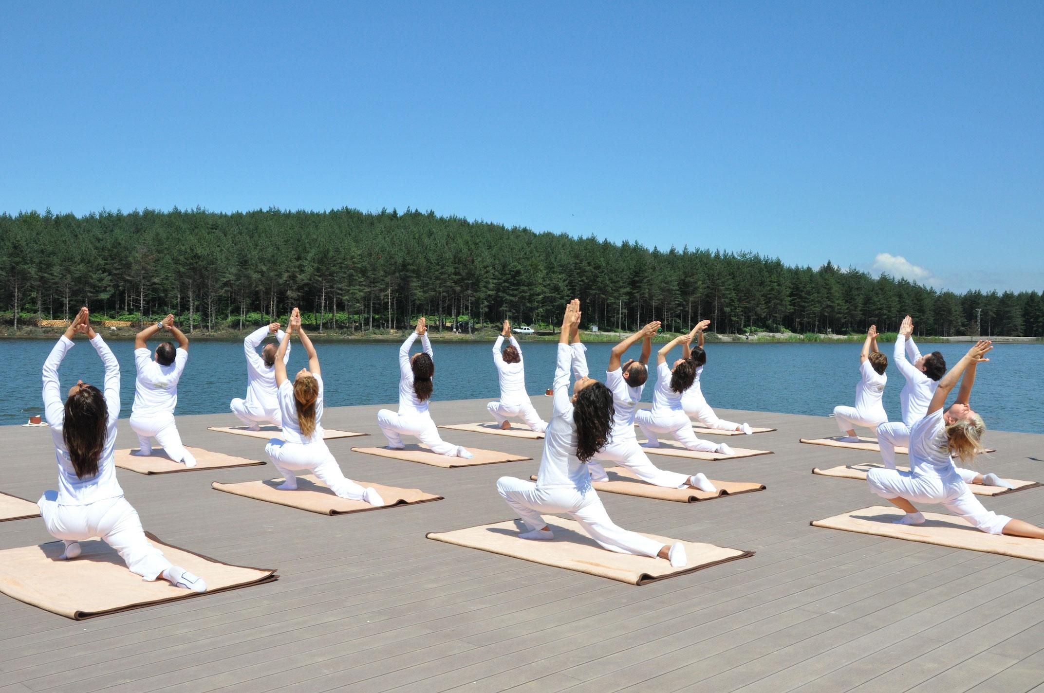 yoga-uzmanlik-programi